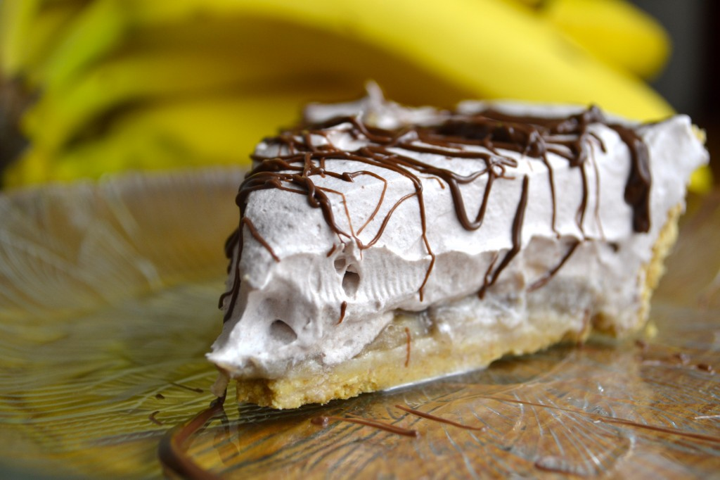 4 ingredient chocolate banana pie (choco-nana pie)