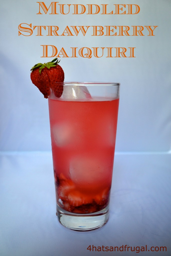 strawberry daiquiri, easy cocktail, girls night in