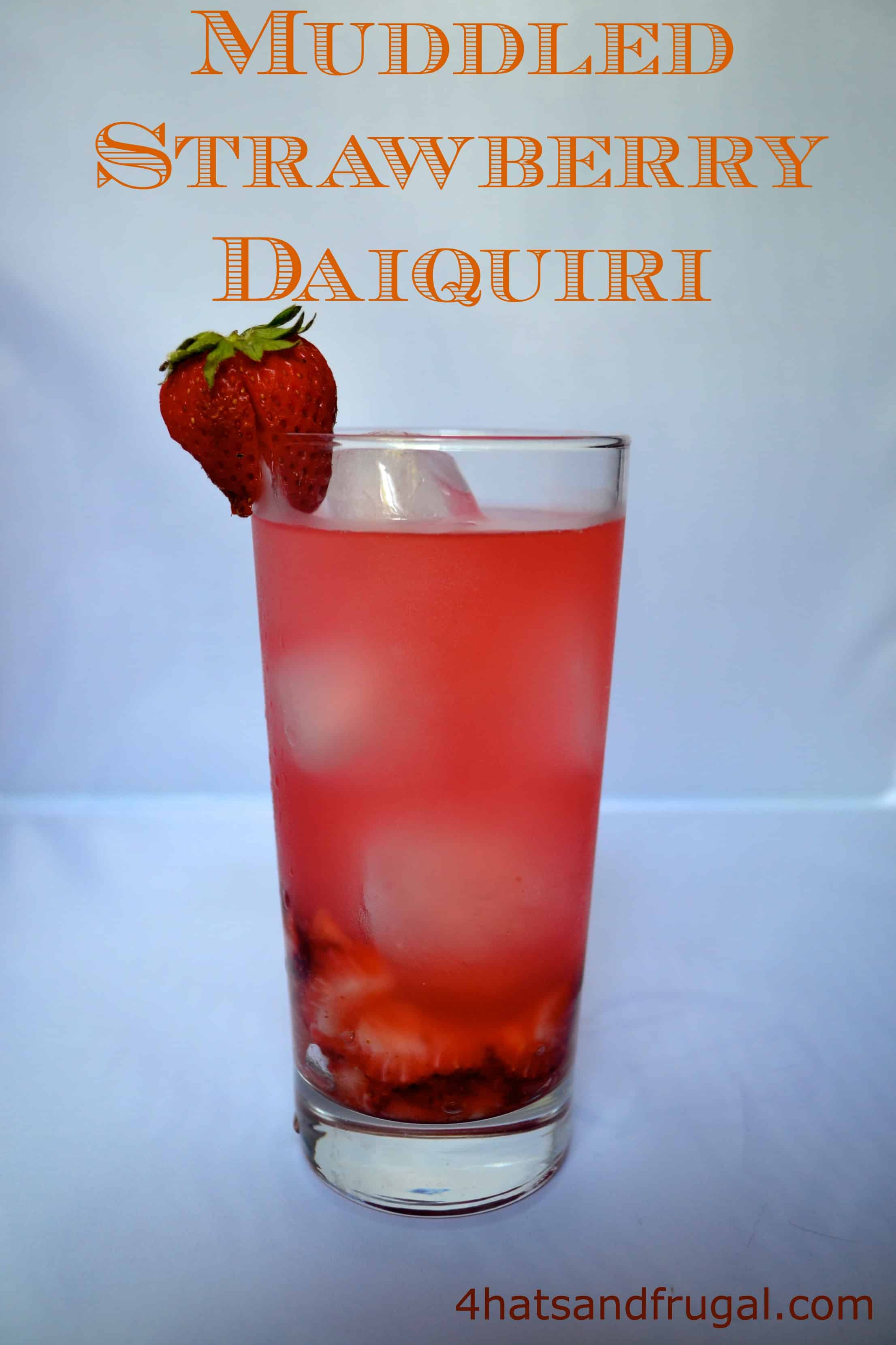 how to make a strawberry daiquiri mocktail