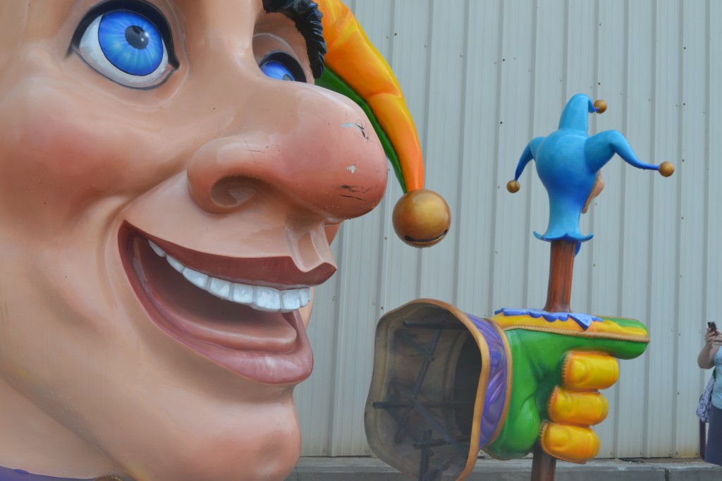 learns the secrets of mardi gras at mardi gras world