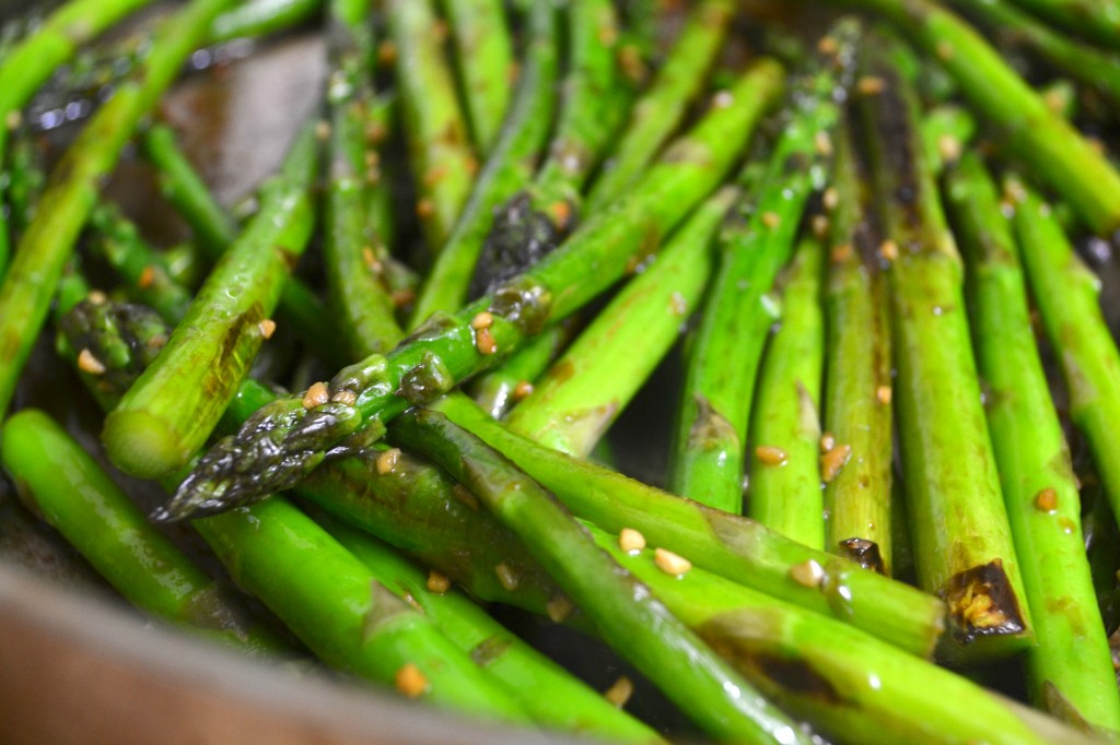 pan roasted asparagus | 4 Hats and Frugal