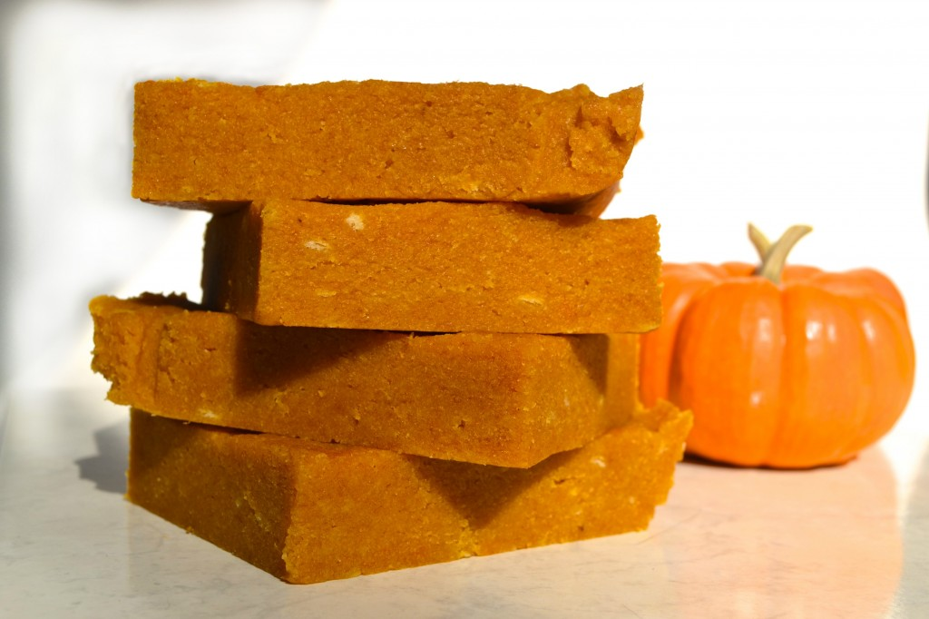 Pumpkin Spice Ritz Bars | 4 Hats and Frugal