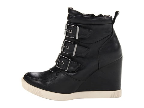Sneaker wedges from Steve Madden