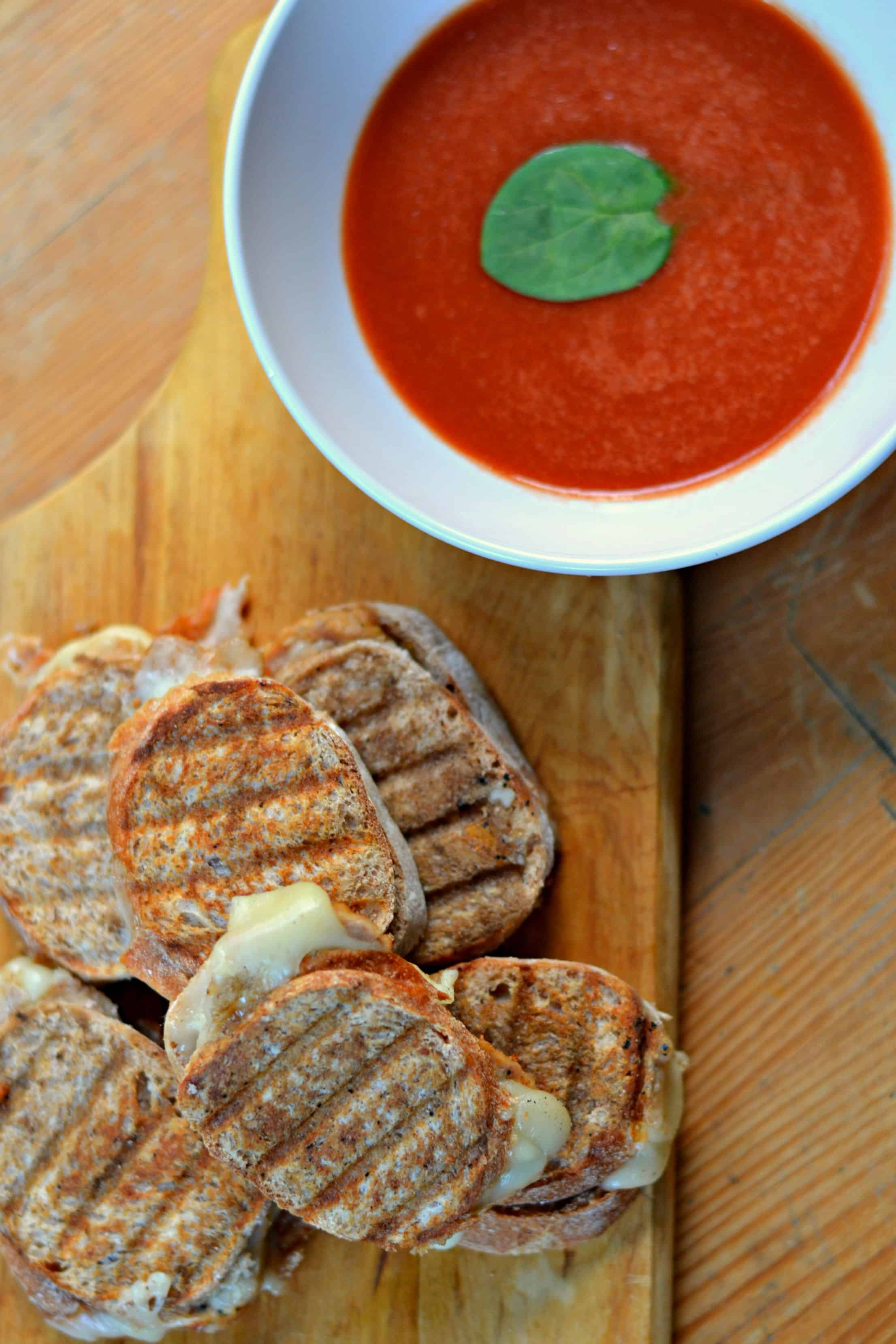 This easy weeknight meal for mini meatball panini sandwiches will be a ...