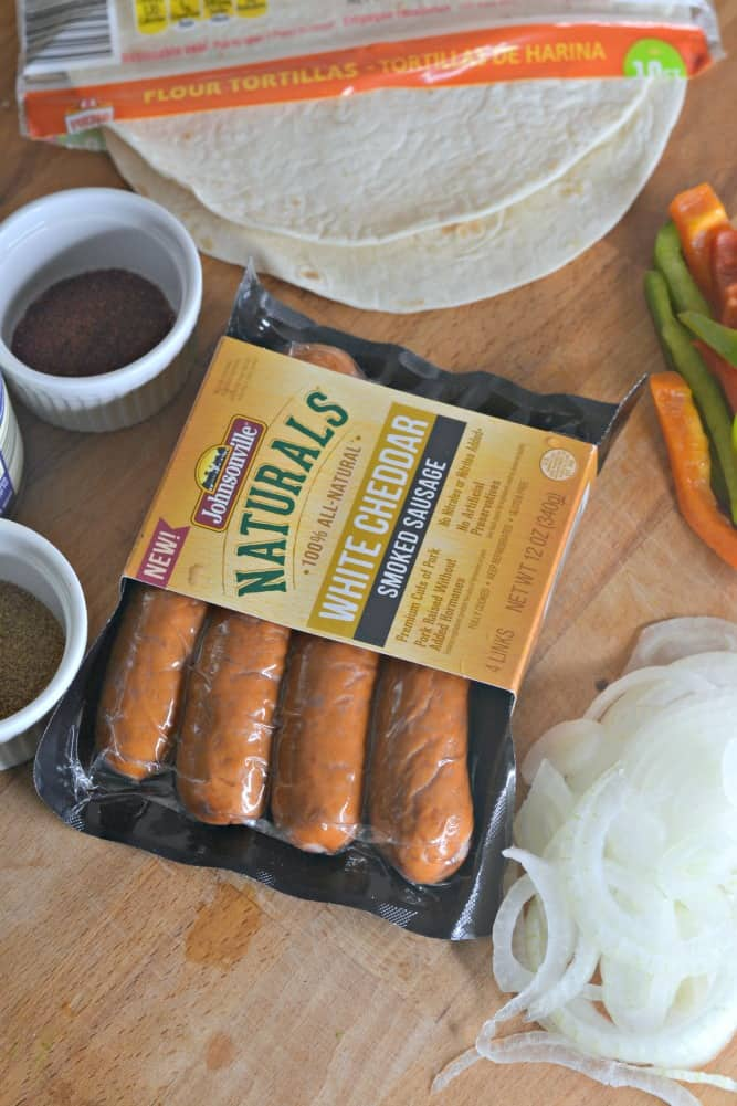 Looking for an easy, healthy lunch the whole family will love? You have to try this Cheddar Sausage Wrap. #SausageFamily #sponsored