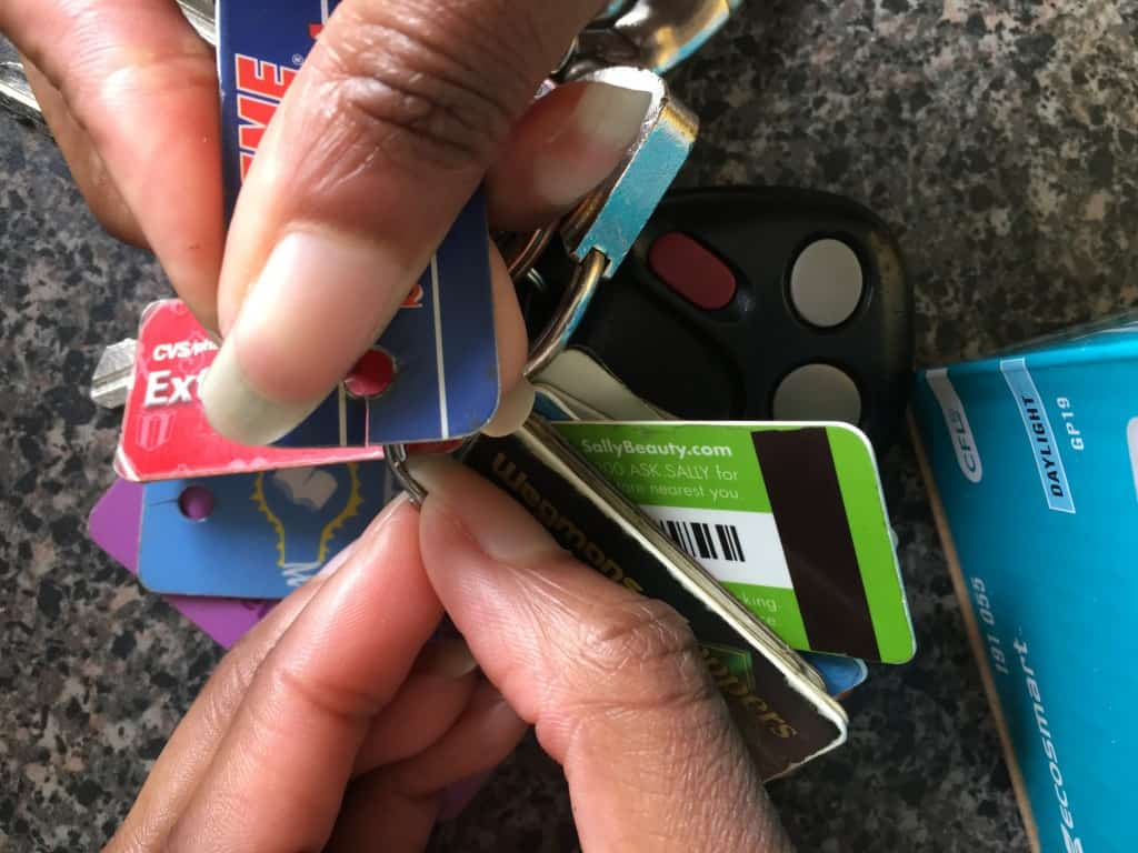 How To Take Loyalty Cards Off A Keychain 2