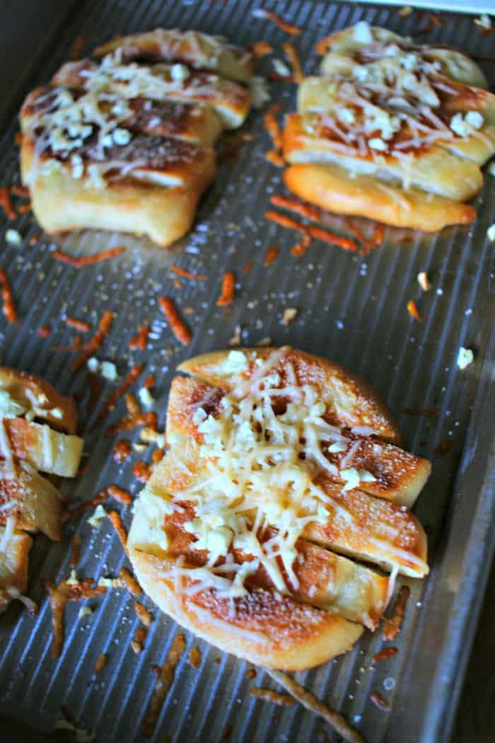 Parmesan and Garlic Crisps-2
