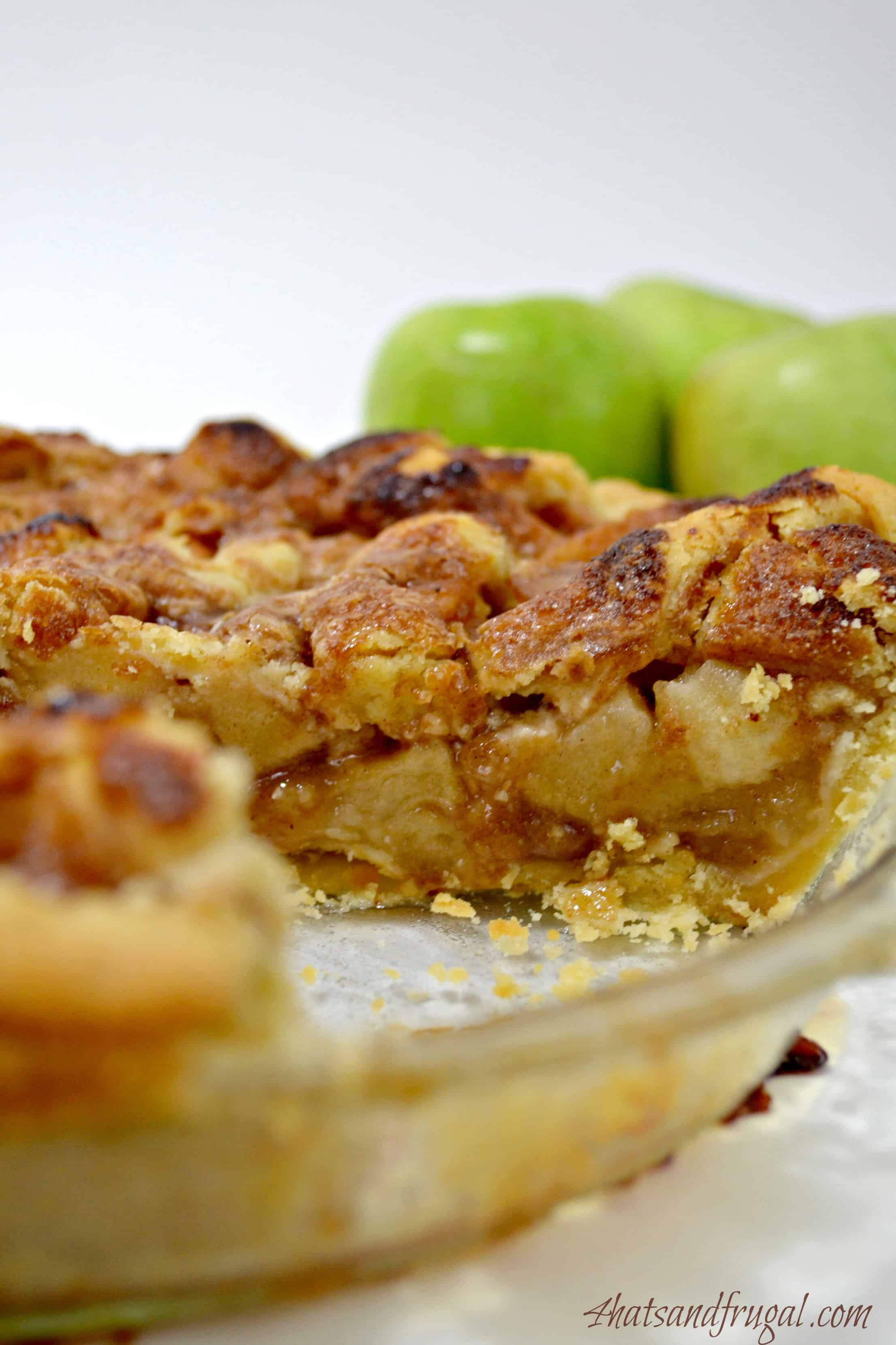 Easy Apple Pie - 4 Hats and Frugal