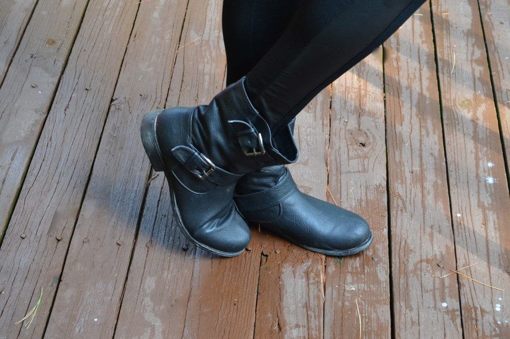 rock faux leather leggings with motorcycle boots #ThisIsStyle #shop #cbias