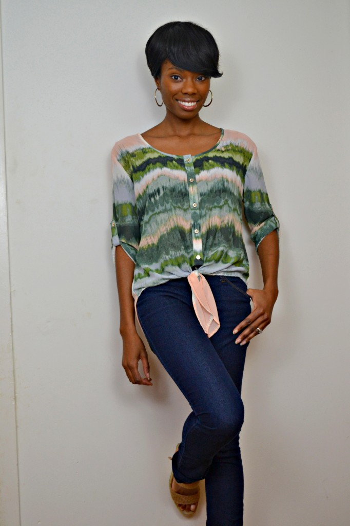 flowing water color top with skinnies for a spring look #ThisIsStyle #cbias #shop