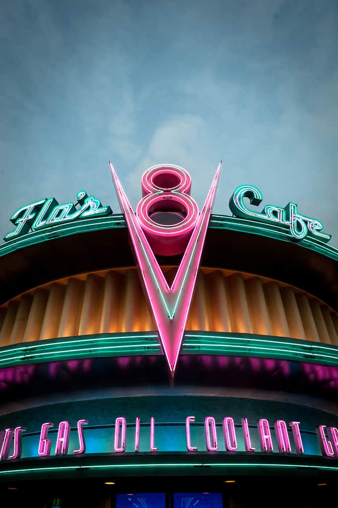 Cars Land, Flo's V8 Cafe, Disney Social Media Moms