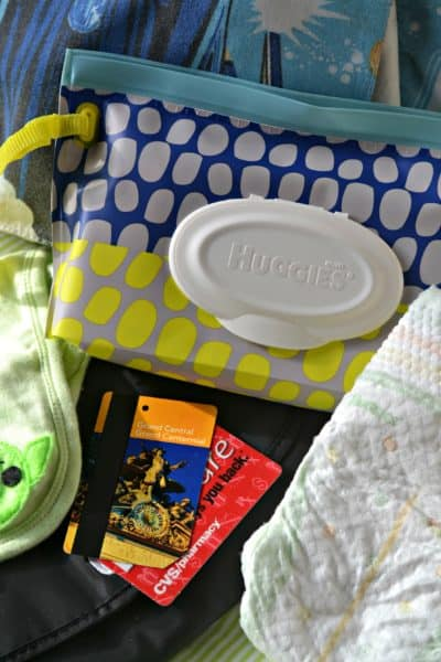 Taking the baby into New York City? Check out these must-have baby essentials for a NYC day trip! #MomsTrustHuggies #ad