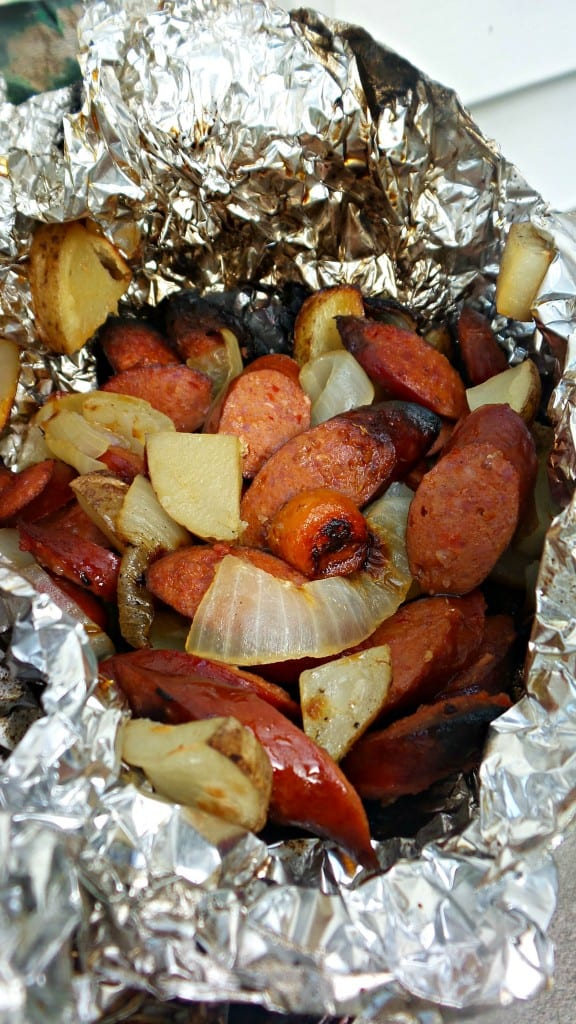 Hot link BBQ packets are a fun addition to any barbecue or summer party. Usually made when camping, foil packets are a great option for a weeknight meal.