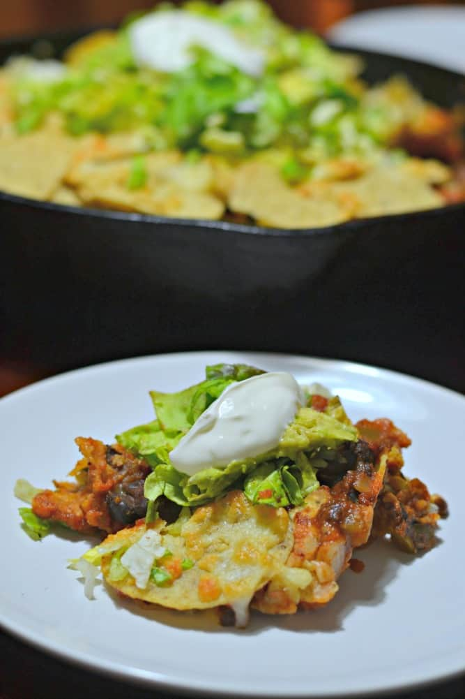 Looking for an easy twist on Taco Tuesday? You have to try this Nacho Pie. It's so dang simple, I can't believe I never thought of doing this!