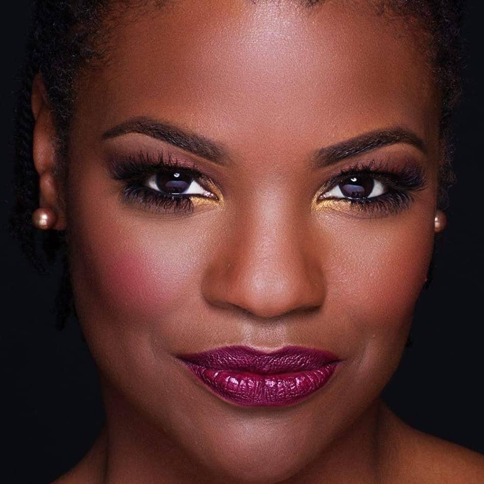 Black Blogger Pioneers - Renee J Ross