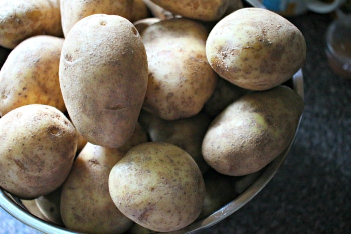 How To Store Potatoes tips - 4 Hats and Frugal