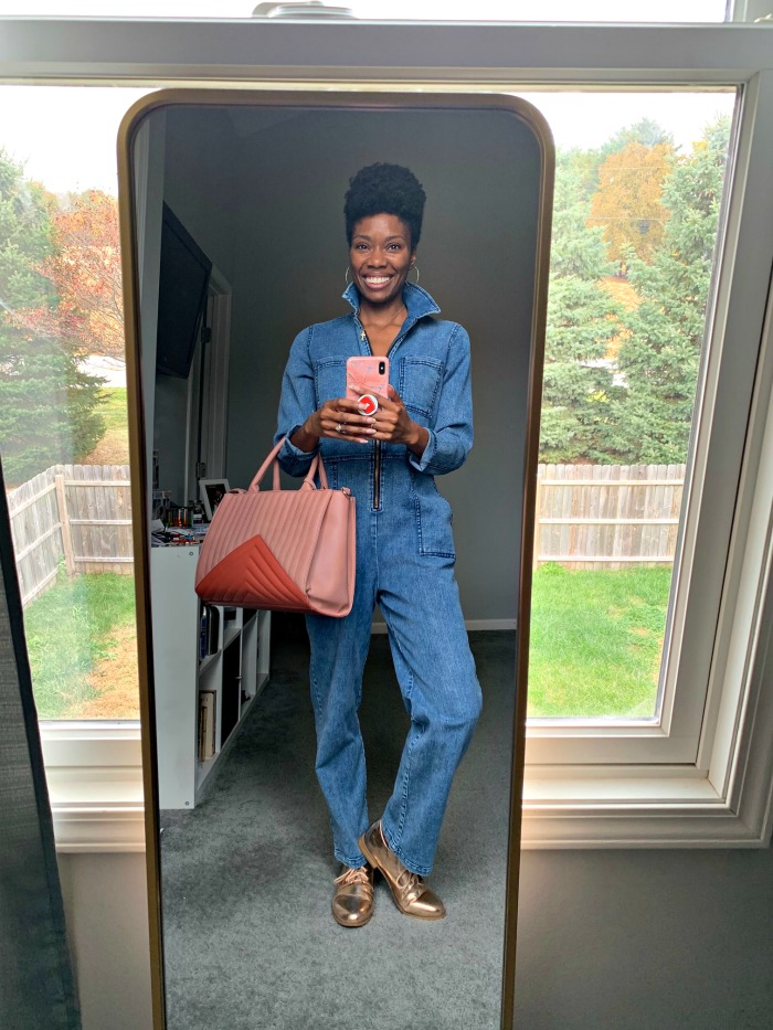 Have you been afraid of trying denim jumpsuits? This post shares a Target denim jumpsuit styled 5 ways, and tips on how to find the best jumpsuit for you.