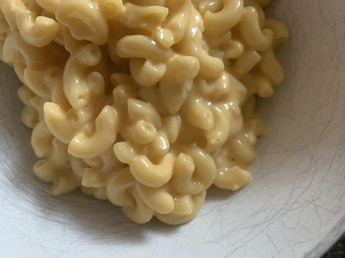 Need a quick and easy stovetop mac and cheese recipe for dinner tonight? This one can be made in less than 30 minutes with items in your pantry!