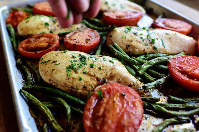 Italian Chicken Sheet Pan Supper