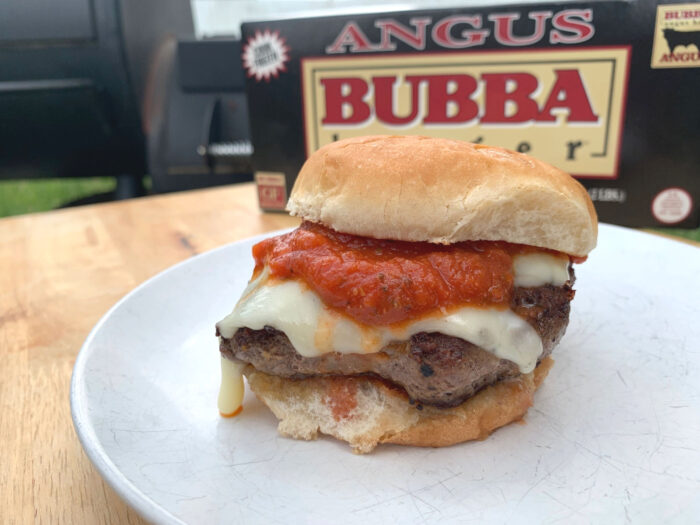This easy pizza burger recipe is sure to be a summertime favorite for dinner. Both parents and kids will love this simple yet satisfying burger.