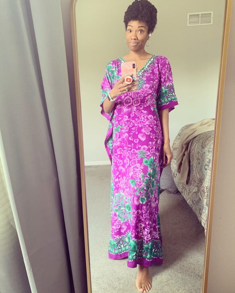 There's nothing better than cheap caftans. This post shares high quality, cheap kaftan dresses that are perfect for plus size and petite!