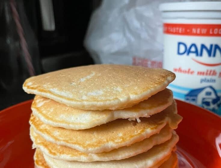 Easy Yogurt Pancakes
